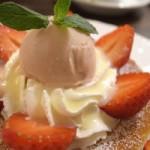 苺ミルクのスフレパンケーキ
