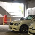 ジムの駐車場